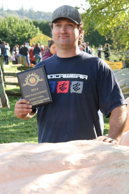 2014 Giant Pumpkin 1st Place in BC